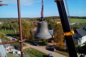 Монтаж колокола на храм